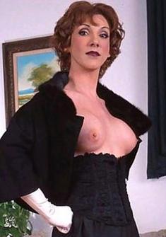 Danielle Chambers